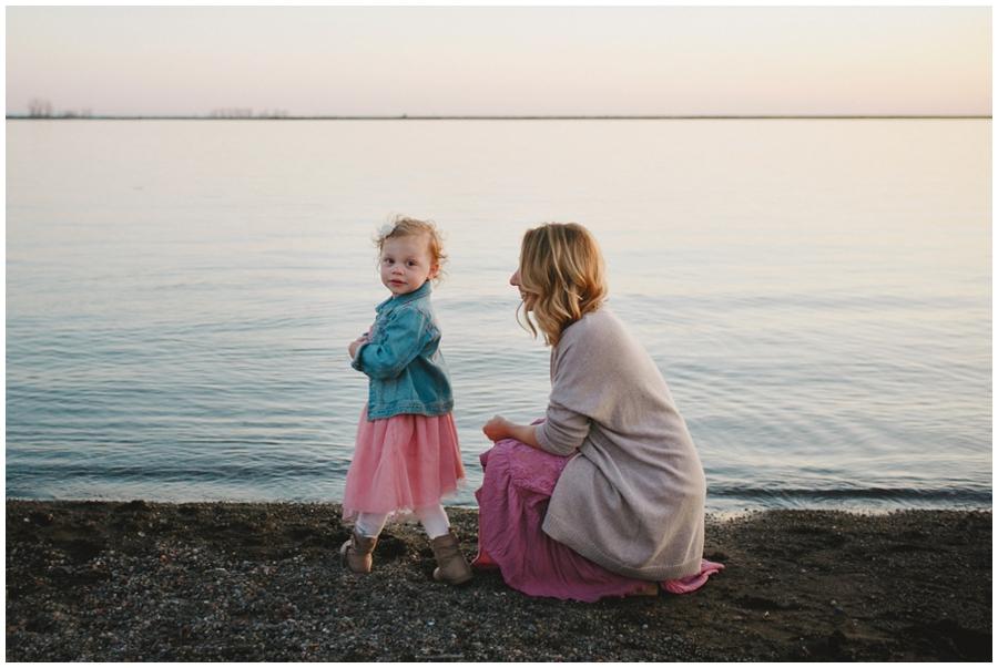 family_photos_by_Buffalo_waterfront_0037